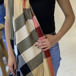 Burberry Like New Scarf. Gently worn. Retail 560
